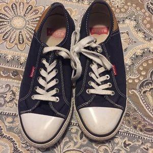 Women's 7 navy blue converse style Levi shoes